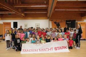 Ahornschule Lütter Tanzen macht Stark