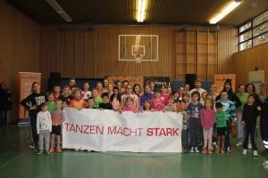 Albert Schweizer Schule Neuhof Tanzen macht Stark